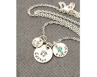 Mom Necklace • Personalized Mommy Necklace New Baby Gift • Baby Shower Gift • New Mom Gift • Baby Stats • New Mothers Gift Date