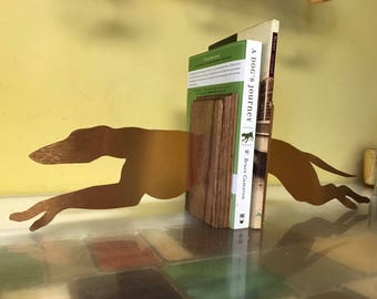 "Greyhound wood and metal bookends 20"" in total length  (each side is 10"" ) wood parts are 4x6"" and each side is stable"
