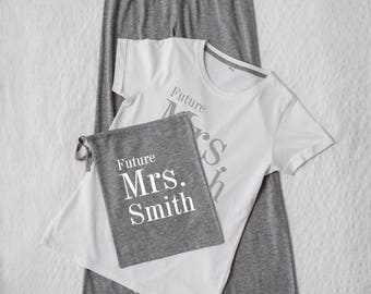 Personalised Custom Ladies/Womens Future Mrs Surname Pyjama Set In Bag Wedding Bride Newlywed Wife Custom Anniversary Bridal Gift Pajamas