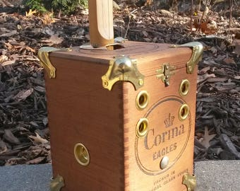 Reverb Box Guitar (Two-String Canjo)