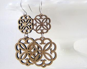 Double Rosette Earrings in bamboo