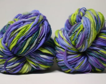 Handspun Thick and Thin Merino Yarn Slub Wool tts(tm) Hand dyed Half-Pounder LR 1608x