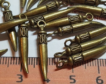 20 pcs per pack 20x4mm small Spike Solid Horn drop Charms Antique Bronze Lead Free Pewter
