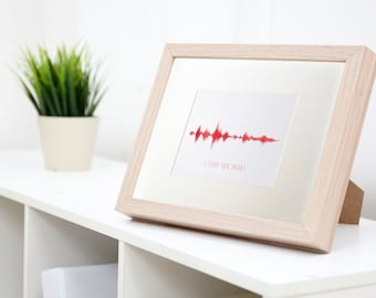 Personalised Sound Wave in a wooden frame - Turn your music into a beautiful gift
