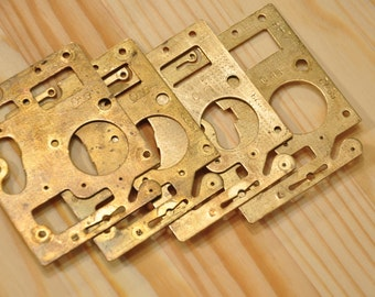 Vintage Brass Clock Plate - Steampunk Findings - set of 4 -  A4