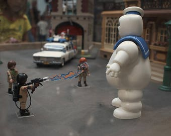 Playmobil customized as Ghostbusters.  Buy and frame pictures online. Your own photo canvas easily. Use professional photos to decoration.