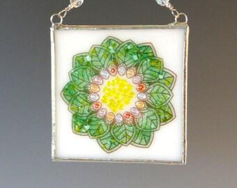 Leaf Mandala Fused Glass Suncatcher Light Catcher Flower Multicolor Green