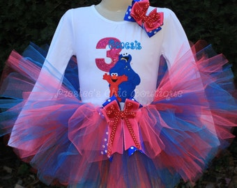 Sesame Street, Cookie monster & Elmo Birthday tutu set! Perfect for a Sesame street themed Birthday party or for pictures!