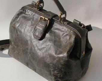 Doctor Bag Small in Charcoal