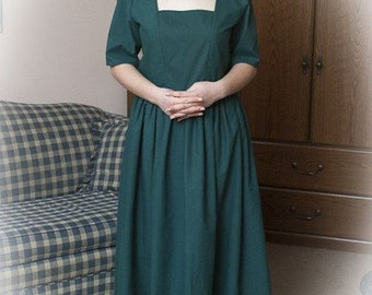 house keeper/servant /type costume Housekeeper Dress 1700s 1800s made to order  color of choice