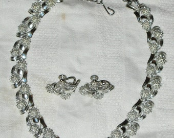 Vintage Signed CORO Set NECKLACE and EARRINGS Demi Parure Silvertone