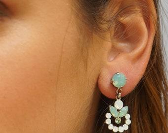Opal Earring, Bridal Opal Earrings, Stud Dangle Earrings, Opal Dangle Earrings, Bridal Earrings, Chandelier Earrings, Swarovski Earrings