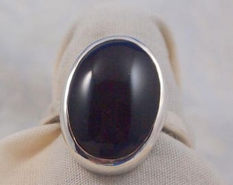 Black  Onyx  Ring Size 7 1/4 in Sterling Silver