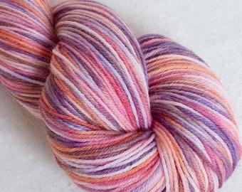 Hand dyed yarn, SW Merino, 100g, Knitting yarn, fingering yarn, kettle dyed yarn,knitting projects, hats, SW sock yarn, shawl, sock yarn
