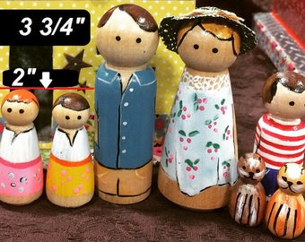 A family of Peg Dolls