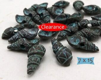 Metal Conch Shell Charms Green Patina Wash--5 Pcs.--CLEARANCE | 38-416-GP-5