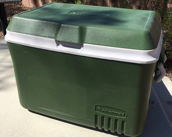 Vintage Rubbermaid Cooler-Army green & White