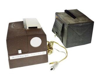 Vintage Superba 66 Model C Slide Projector with Cover
