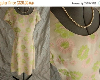 "ON SALE 60s Dress //  Vintage 60s Pale Green Pink Brocade Floral Dress by Marguerite Dexter California Size L 30"" waist hidden pockets"