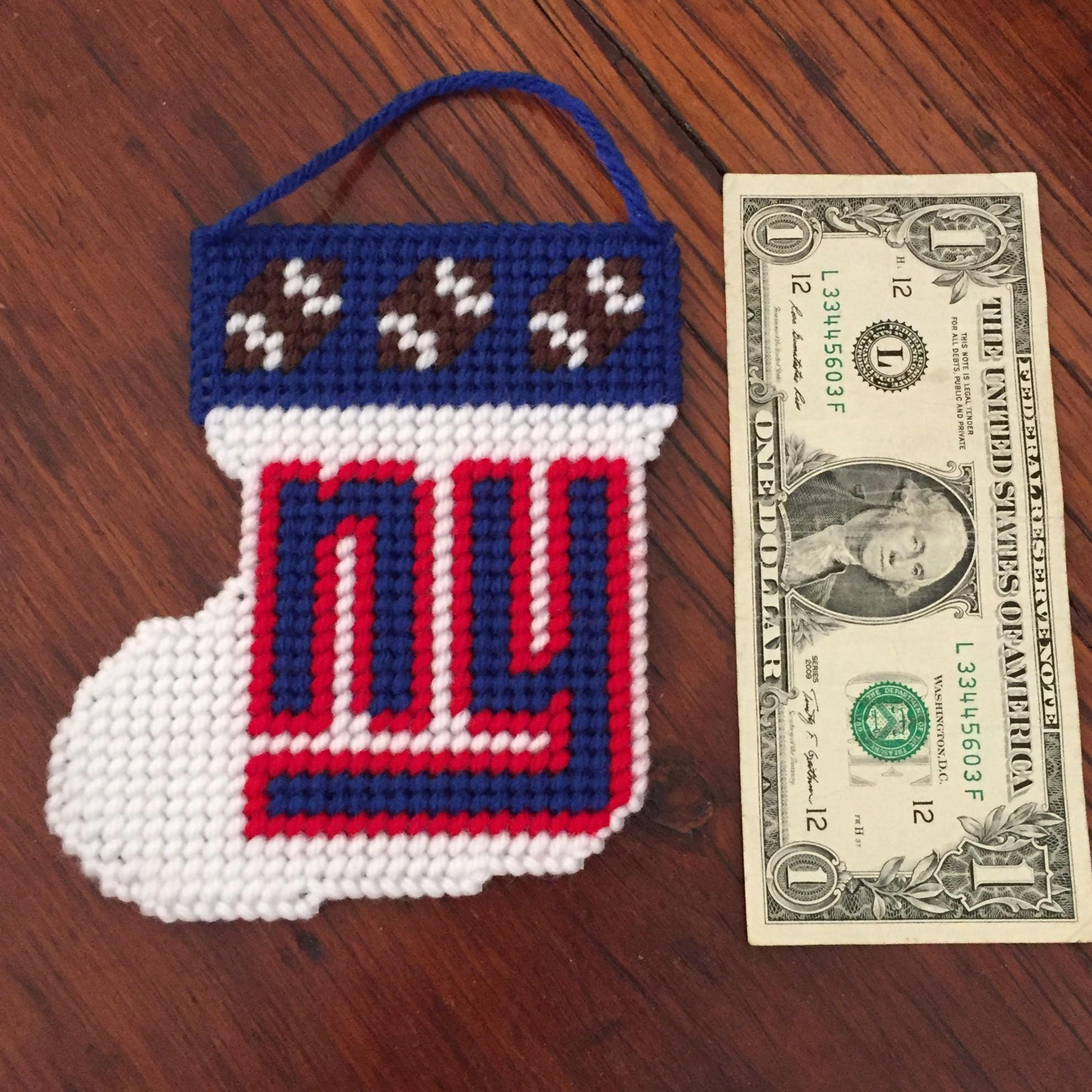 NY Giants / Christmas ornament / Wall hanging /Plastic Canvas