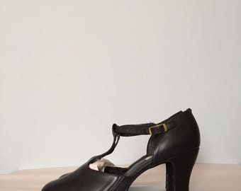 BRIDGET T-strap black leather mary janes | T-bar antiqued heels mary janes | 8