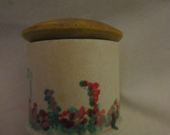 Munchkin cottage trinket box