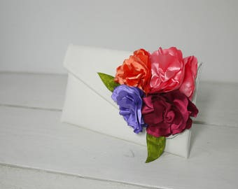 Custom Colors Bridesmaid Clutch| Custom wedding purse