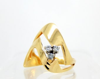 14K 4389'Wave' Ring with Diamonds - X4389