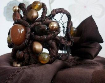 Extravagant Bracelet Unique Flower Shape Fantastic New Style Girls Bridesmade Yewelry Beaded