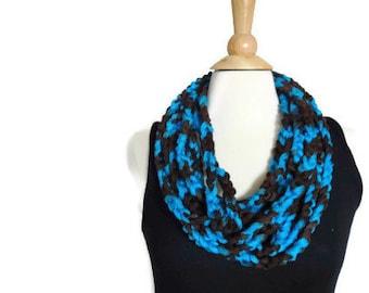 Chunky crochet necklace - blue statement necklace - blue crochet necklace - blue rope necklace