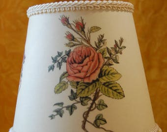 Lampshades printed with flowers, flowers, flower shades, round lampshades, printed lampshades, lampshades with roses, lampshades with Iris