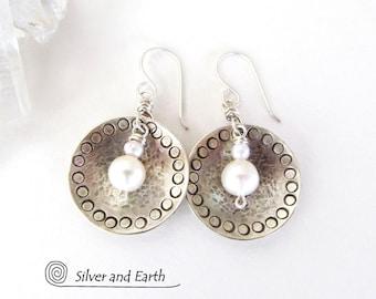 Boucles d'oreilles en argent sterling avec perles, bijoux argent, blanc perle boucles d'oreilles, boucles d'oreilles modernes tous les jours, estampillés pendants rond argent