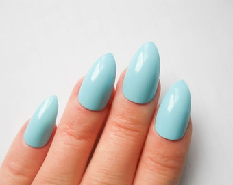 Baby Blue Fake Nails / Press on Nails / Stiletto Nails / False Nails / Almond Nails / Blue / Nails