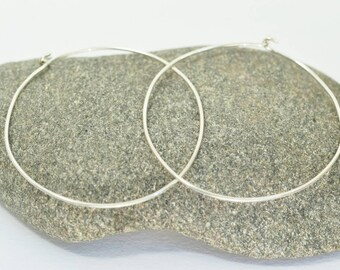 Simple silver hoops / sterling silver / hammered / handmade