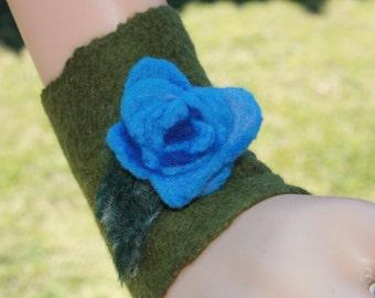Beautiful Pixie Fairy Dreamy Felt Wrist Warmers. Soft Merino Wool. OOAK Wearable Art. Blue Roses And Leaves. Ready to send.