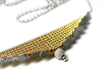 Trivin, Triangular necklace in gold 18k and Sterling Silver