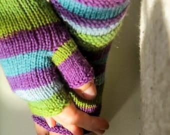 Hand knit fingerless gloves. Knit arm warmers. Fingerless gloves. Colorful knit fingerless gloves. Fingerless gloves. Knitted gloves.
