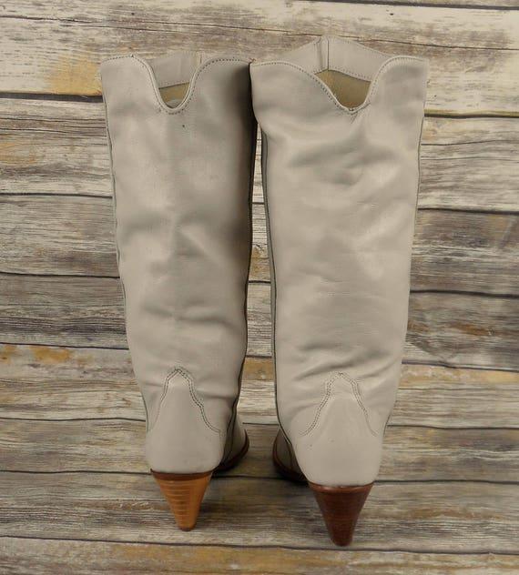 m Cowgirl Vintage Boots 5 Size Fashion Womens Dingo 6 Acme Cowboy Off Cream White wT0qRn1
