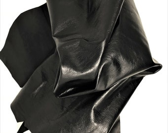 Italian leather, black color milled opaque with a vintage effect, very sporty looking   A2655-TB  La Garzarara