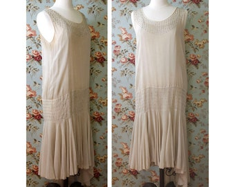 vintage AS-IS 1920s dress <> 1920s flapper dress <> 1920s white flapper dress with rhinestones <> sold in as-is condition