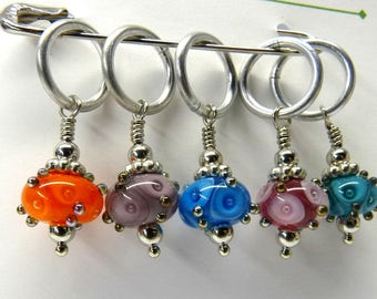 The Eyes Have It - Kiki Beads Lampwork - Knitting Stitch Markers - Fits up to size 15 needle