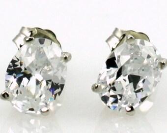 Cubic Zirconia (CZ), 925 Sterling Silver Post Earrings, SE002