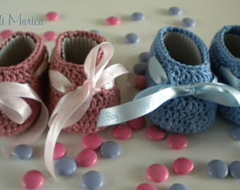 Baby shoes pink bow blue bow/birth
