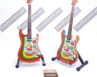 Mini Guitar GEORGE HARRISON beatles tribute stratocaster ROCKY tribute chitarra in real wood rock music gadget