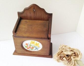Wood Recipe Box / Wood Box / Retro Wood Recipe Box / Wood Trinket Box / Keepsake Box / Retro Kitchen Box / Vintage Recipe Box