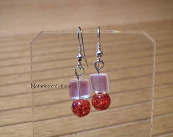 Earrings in silver and red beads