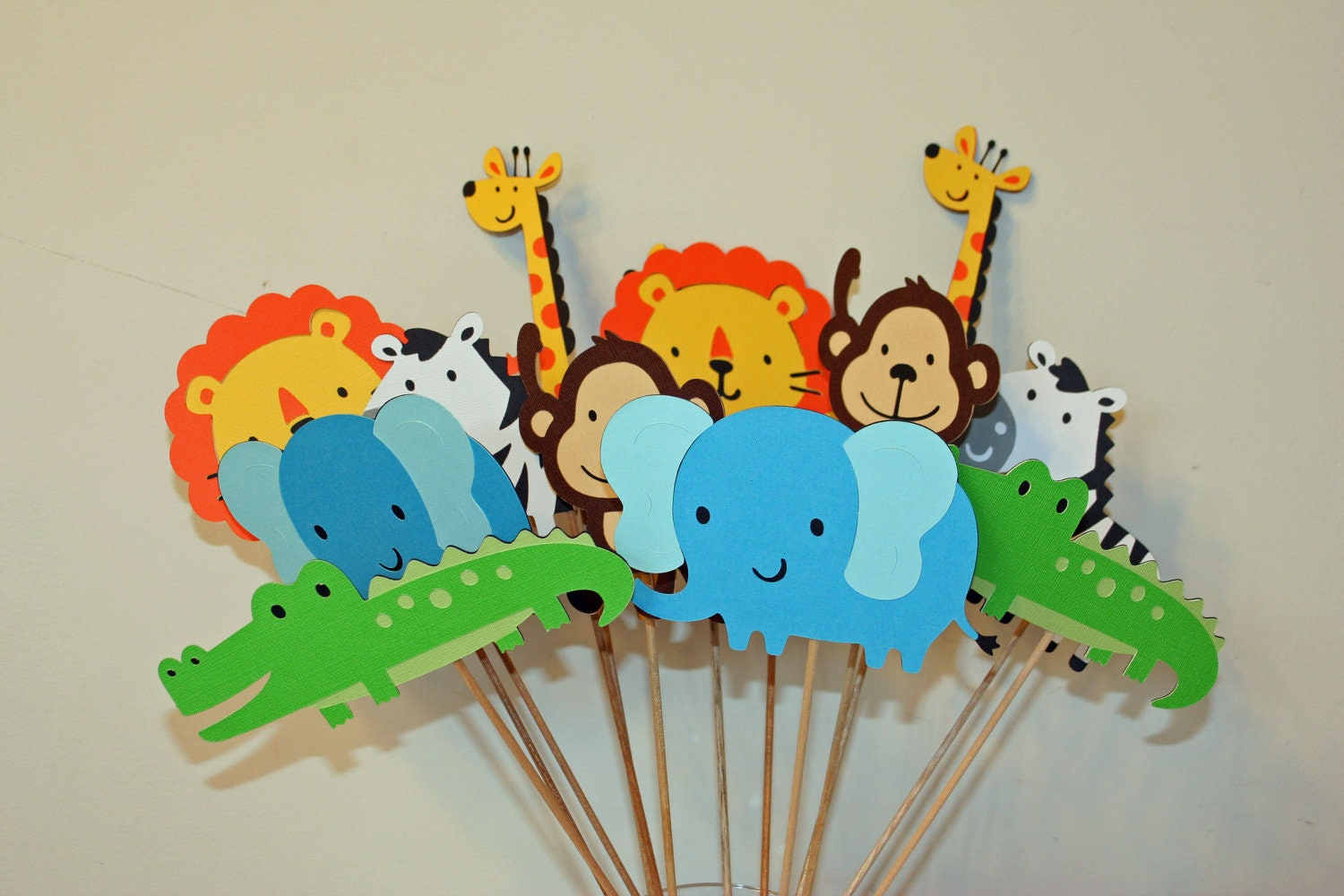 jungle baby shower table decoration diy table decoration jungle baby