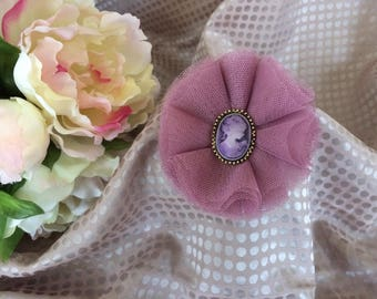 Flower 8 cm in purple tulle with Cameo