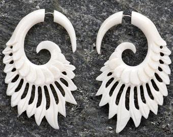 White Bone Calamus Spiral Organic Fake Gauges Earrings