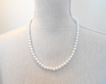 White Pearl Necklace - Glass Pearl Jewelry - White Necklace - White Jewelry - Wedding Necklace - Bridal Necklace - Wedding Jewelry